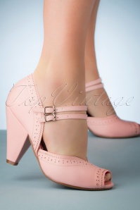Bettie Page Shoes 50s Nellie Peeptoe Pumps in Pastel Pink