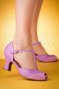 50s Carlie T-Strap Pumps in Lavender