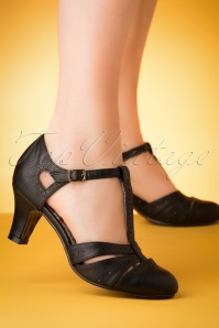 50s Maisie T-Strap Pumps in Black