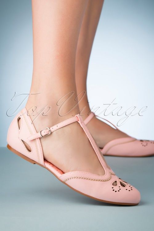 Bettie Page Shoes 28065 Juliet T strap Pink 20190418 006W