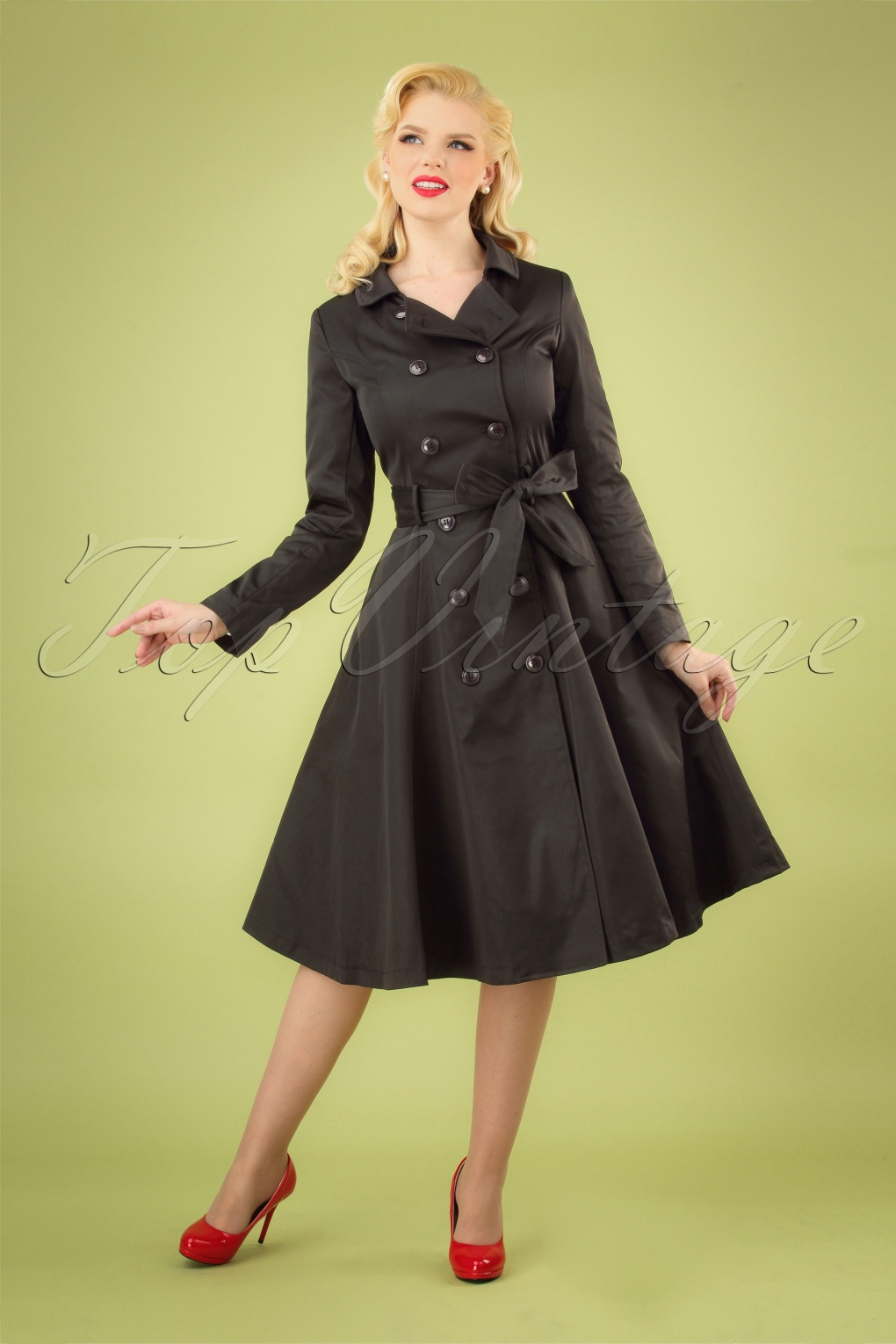 1940s Coats & Jackets Fashion History 40s Korrina Swing Trench Coat in Black £124.95 AT vintagedancer.com