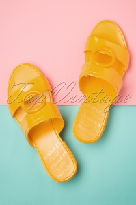 60s Bossy Express Sandals in Super Yellow