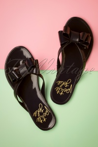 60s Lucky Bow Flip Flops in Preto Black