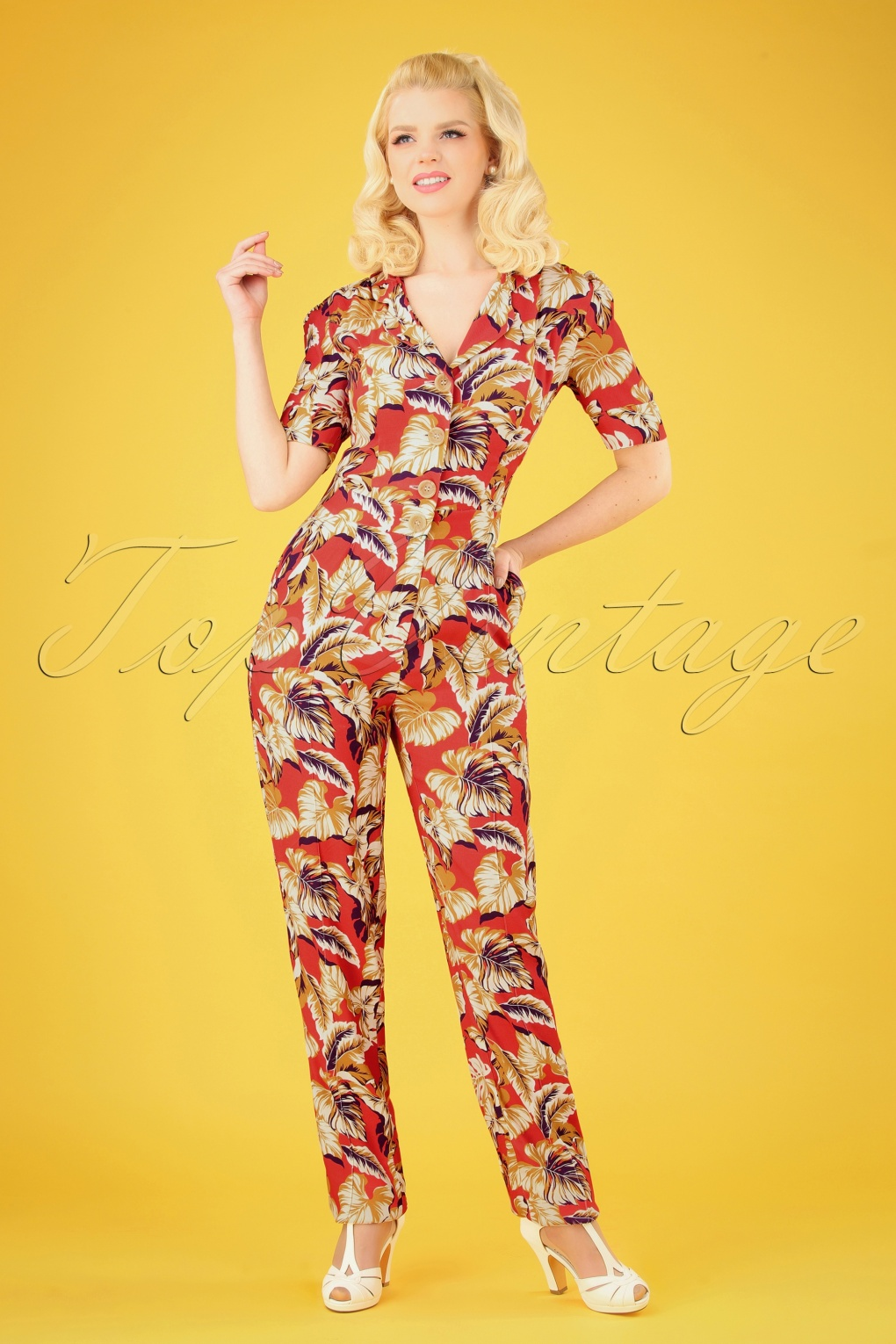 1940s Dresses and Clothing UK | 40s Shoes UK 40s Classic Hibiscus Flowers Jumpsuit in Montana Dust £105.12 AT vintagedancer.com