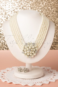 50s Audrey Pearl Set in Silver and Cream
