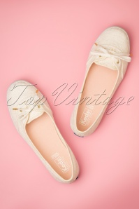 50s Teacup Eyelet Ballerina Sneakers in Off White