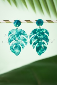 70s Lottie Leaf Earrings in Green