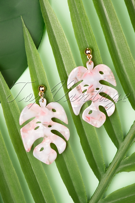 60s -70s Jewelry – Necklaces, Earrings, Rings, Bracelets 70s Tortoise Leaf Earrings in Light Pink £5.49 AT vintagedancer.com