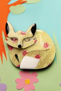 TopVintage exclusive ~ 60s Sacha Sleeping Fox Brooch