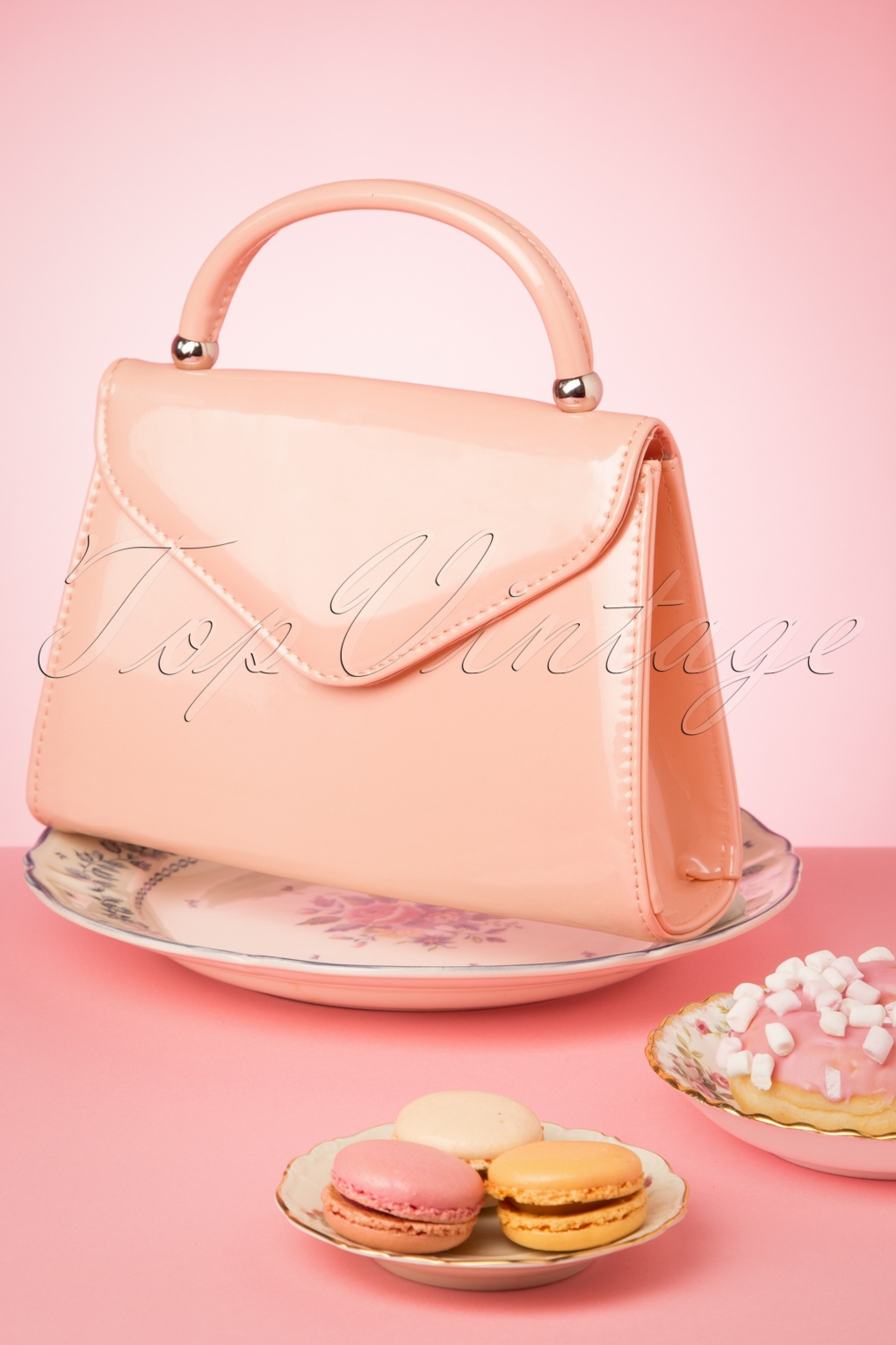 1960s Style Dresses, Clothing, Shoes UK 60s Lillian Lacquer Flap Bag in Blush Pink and Silver �23.79 AT vintagedancer.com