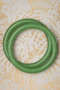TopVintage Exclusive ~ 50s Sage Narrow Carved Bangles Set in Green