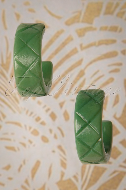 Splendette 30343 Sage Green Fakelite Earrings 20190506 007W