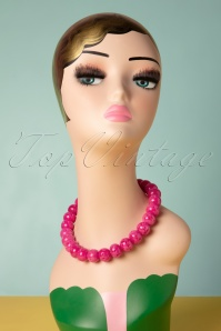 TopVintage Exclusive ~ 50s Candy Carved Beaded Necklace in Pink