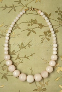 Splendette 30340 Cloud Carved Beaded Fakelite Necklace 20190506 003W