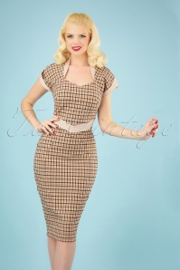 Tremaine Lee Wiggle Dress Années 50 en Tartan Brun Clair