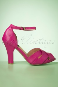 50s June Say Hello To My Sassy Peeptoe Pumps in Magenta
