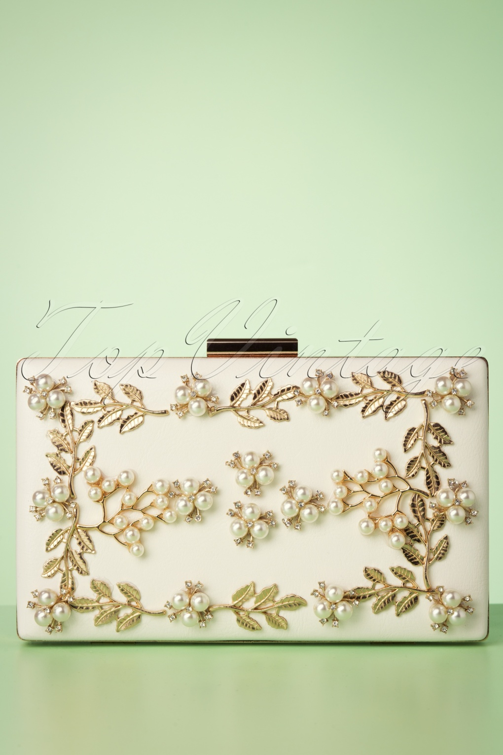 Vintage & Retro Handbags, Purses, Wallets, Bags 50s Gold Vine and Pearl Hardcase Clutch in Ivory �44.11 AT vintagedancer.com