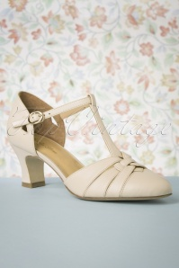 50s Montpellier T-Strap Pumps in Cream