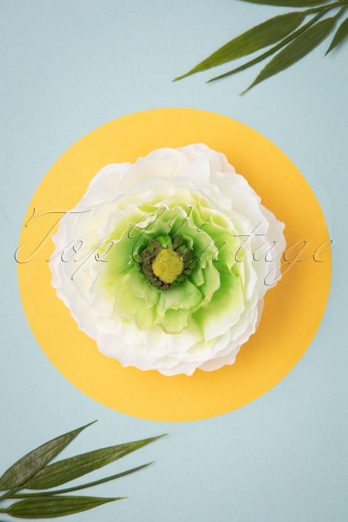 Lady Luck's Boutique 31097 Hairclip May White Single Flower 07012019 0004W