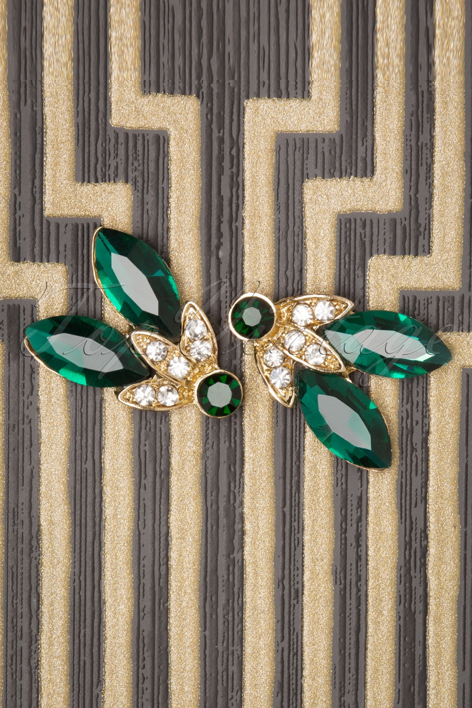 50s Jewelry: Earrings, Necklace, Brooch, Bracelet 50s Liz Elegant Stud Earrings in Gold and Green £9.06 AT vintagedancer.com