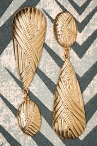 50s Cherise Teardrop Earrings in Gold