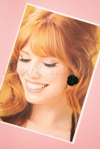 Collectif 30467 Roses Studs Green Velvet 20190715 0009W