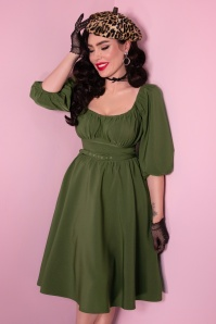 Vixen by Micheline Pitt TopVintage exclusive ~ Vacation Swing Dress Années 60 en Vert Olive