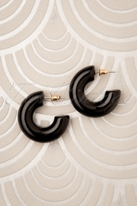 60s Bonnie Hoop Earrings in Black