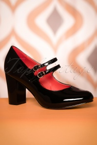 Banned Retro 60s Golden Years Lacquer Pumps in Black