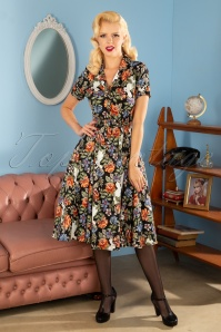Caterina Forest Floral Swing Dress Années 40 en Noir