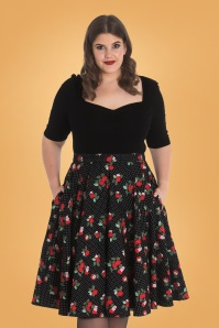 50s Apple Blossom Swing Skirt in Black