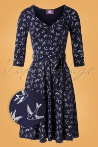 TopVintage Boutique Collection Fabienne Swallow Swing Dress Années 50 en Bleu Marine