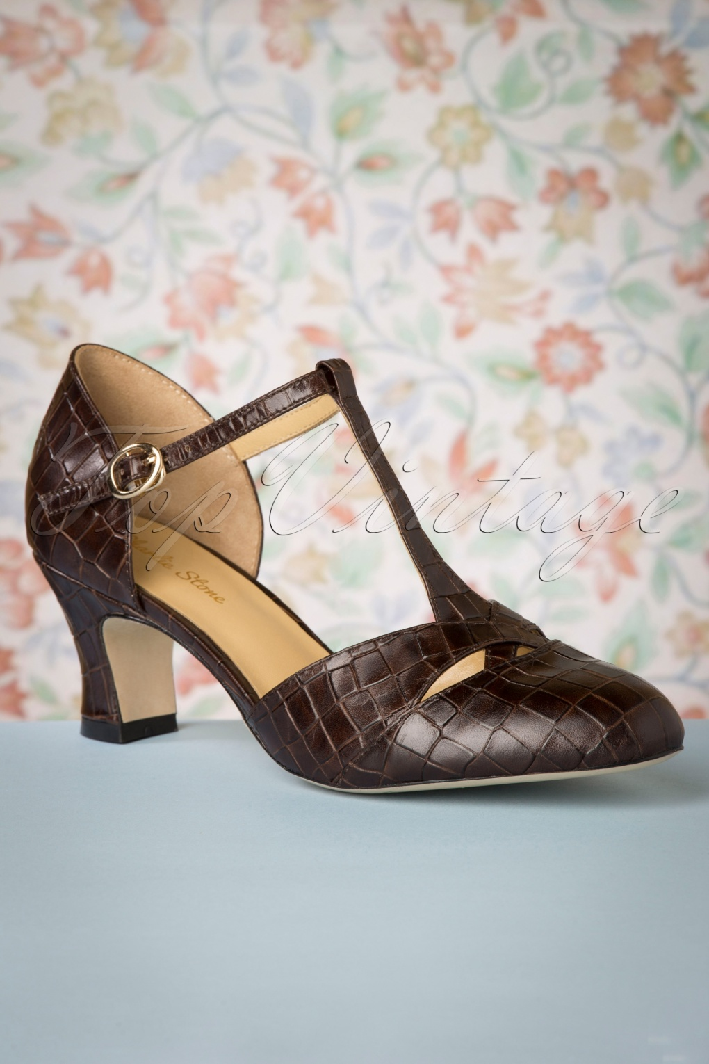 Vintage Heels, Retro Heels, Pumps, Shoes 50s Roma T-Strap Pumps in Espresso £149.70 AT vintagedancer.com