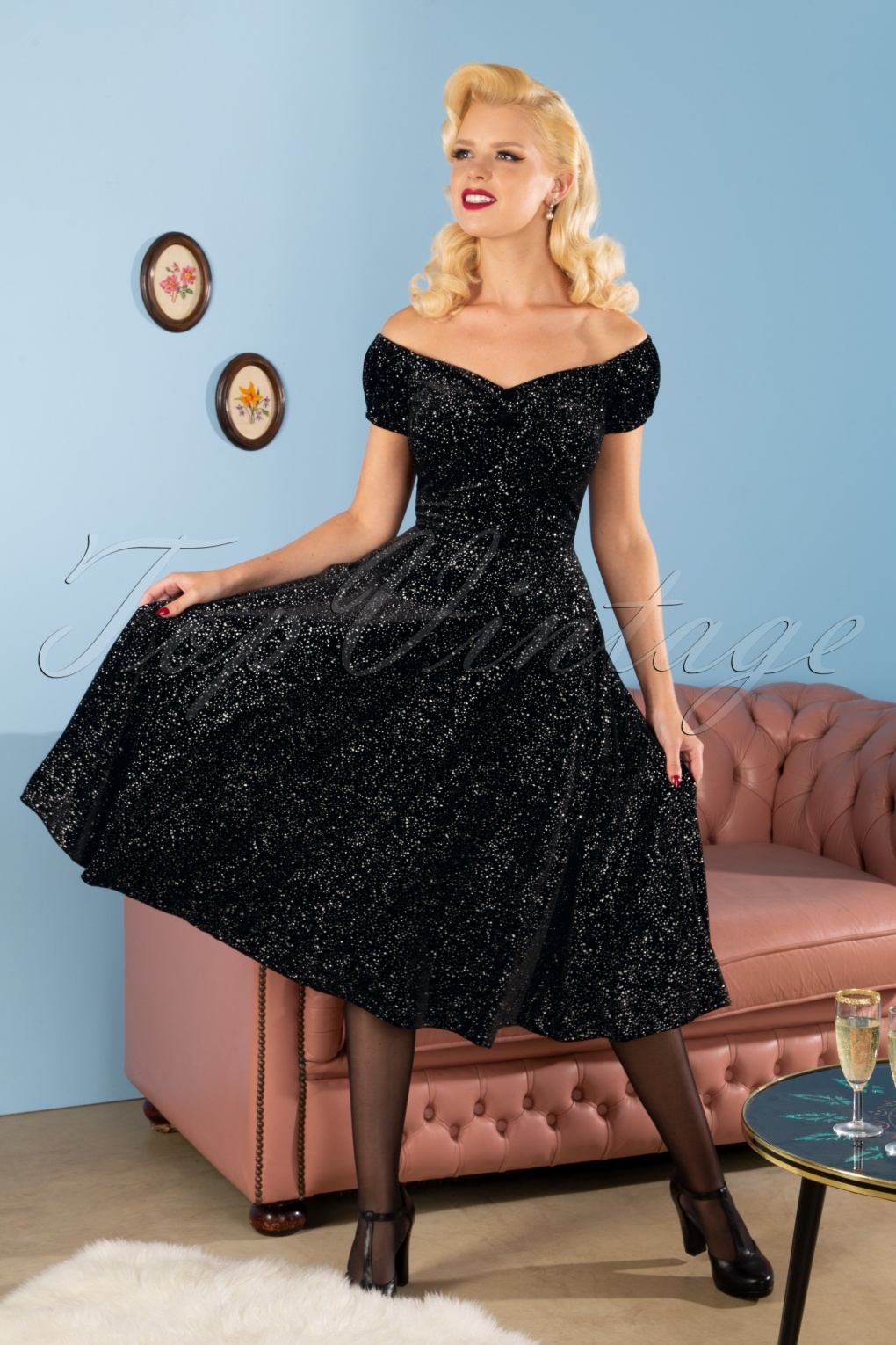 1950s Dresses, 50s Dresses | 1950s Style Dresses 50s Dolores Glitter Drops Velvet Doll Dress in Black £63.48 AT vintagedancer.com