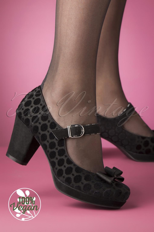 1950s Style Shoes | Heels, Flats, Saddle Shoes 50s Frankie Velvet Pumps in Black £70.00 AT vintagedancer.com