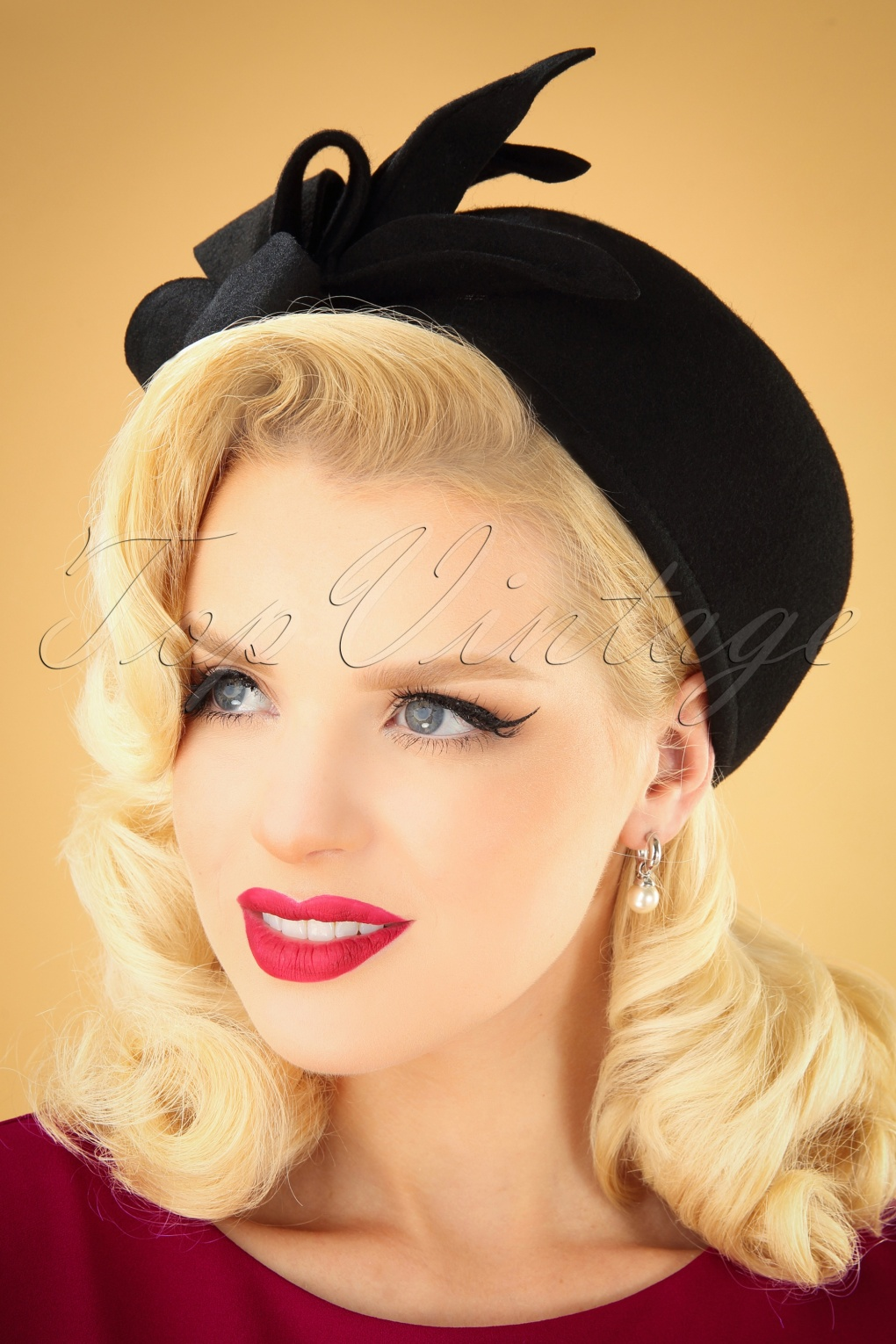 1950s Women's Hat Styles & History 50s Libby Wool Hat in Black £34.72 AT vintagedancer.com