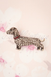 Darling Divine 50s Sparkly Dachshund Brooch in Silver