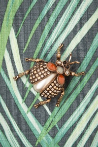 Darling Divine 50s Sparkly Beetle Bug Brooch in Gold