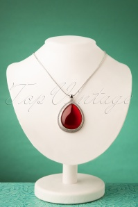Darling Divine 50s Red Rock Necklace in Silver