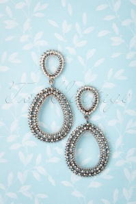 50s Sparkly Crystal Drop Earrings in Silver
