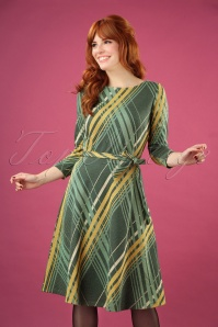 Betty Bronte Swing Dress Années 60 en Vert Èrable