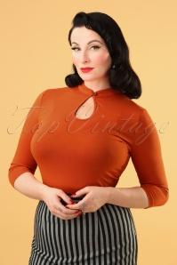 Mandarin Collar Peek a Boo Top Années 50 en Rouille