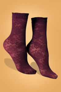 50s Primrose Sheer Ankle Socks in Burgundy