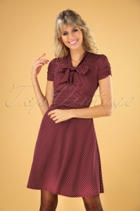 Debra Pin Dot Swing Dress Années 50 en Bordeaux