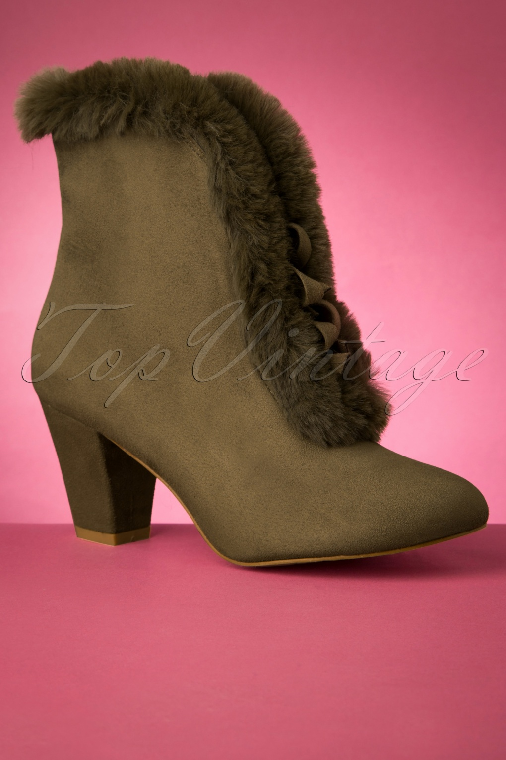 60s Shoes, Boots | 70s Shoes, Platforms, Boots 70s Tatiana Faux Fur Boots in Olive Green £71.79 AT vintagedancer.com