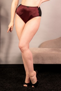 What Katie Did 50s Obsession High Waist Knickers in Wine