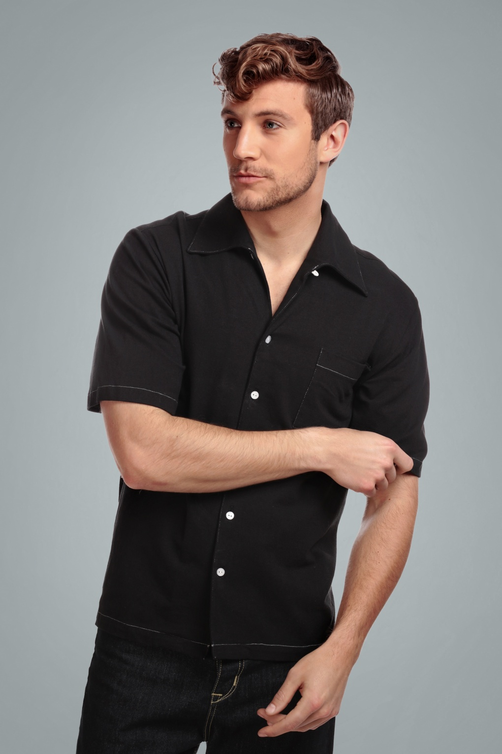 1960s Menswear Outfits | 60s Fashion for Guys 50s Harry Haven Short Sleeved Shirt in Black £36.14 AT vintagedancer.com