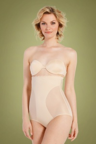 MAGIC Bodyfashion DSIRED Scallop Sheer High Brief in Latte