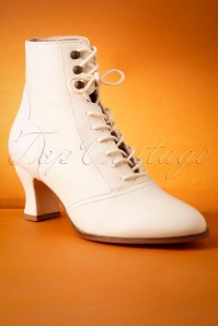 Miss L Fire 29965 Boots White Cream 09092019 005W