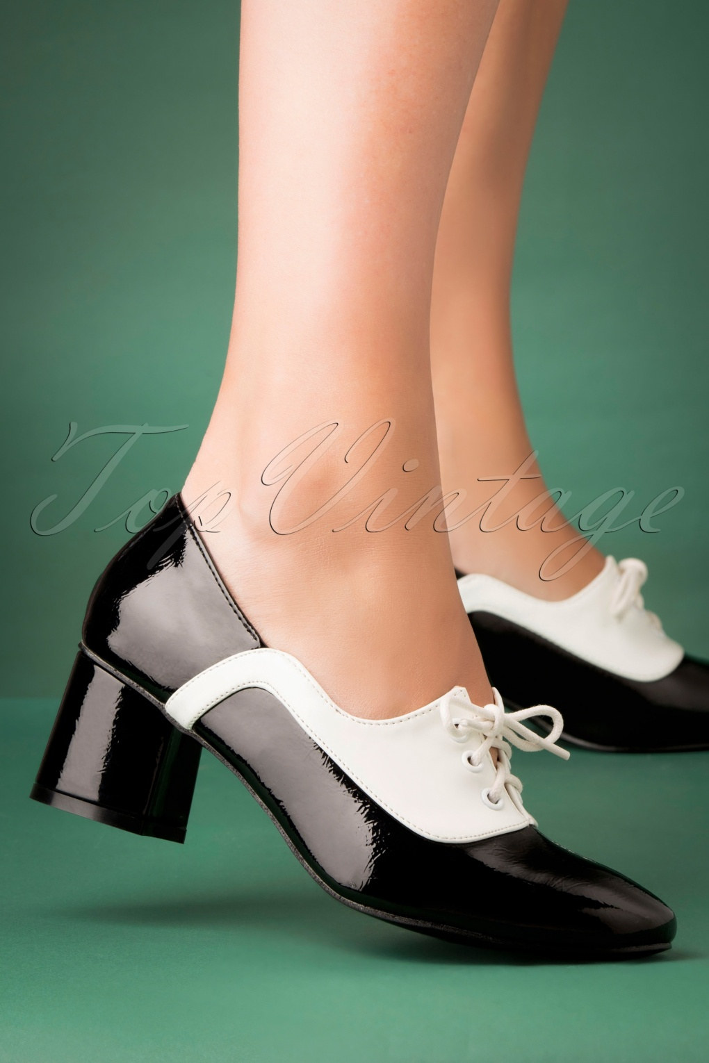 Vintage Heels, Retro Heels, Pumps, Shoes 60s The Modernist Two Tone Lace Shoes in Black and White £48.42 AT vintagedancer.com